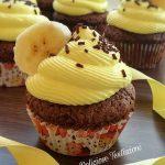 banana split cupcake