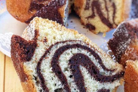 ciambella marmorizzata cacao, vaniglia e pomodoro