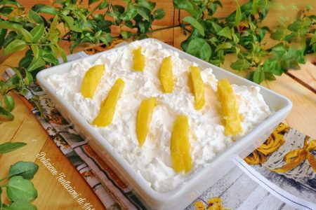 clafoutis al cocco con curd al mango