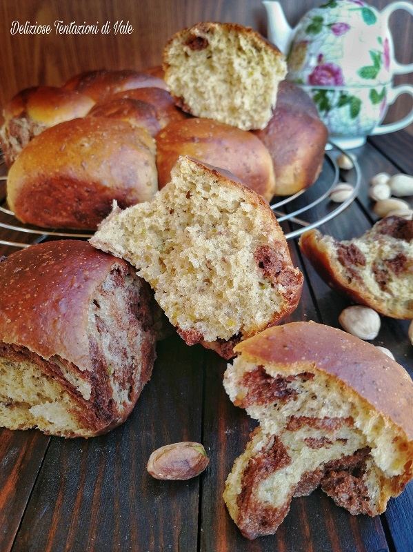 brioche marmorizzate pistacchio e cacao (2)