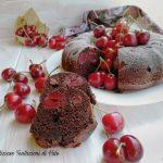 ciambella sofficissima ciliegie e cacao