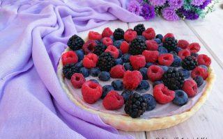 crostata con pasta brisèe e frutti di bosco
