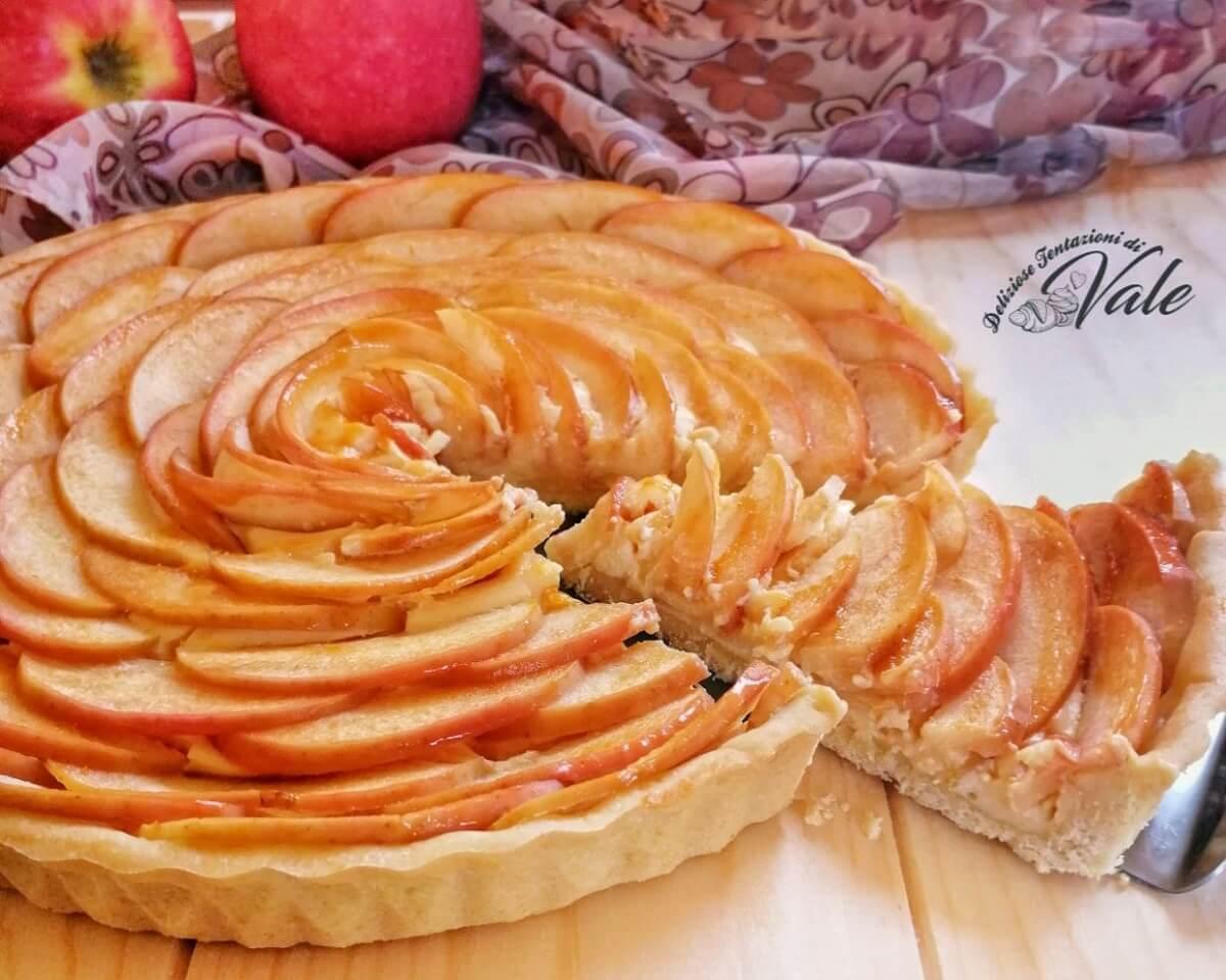 Ricetta Crema Pasticcera E Mele.Crostata Di Mele E Crema Pasticcera Facile E Veloce