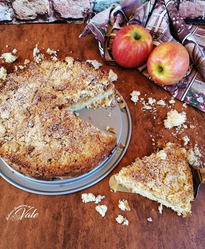 sbriciolata alle mele con crema e pandoro (2)