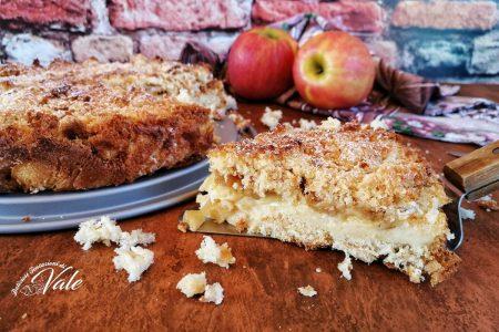 sbriciolata alle mele con crema e pandoro