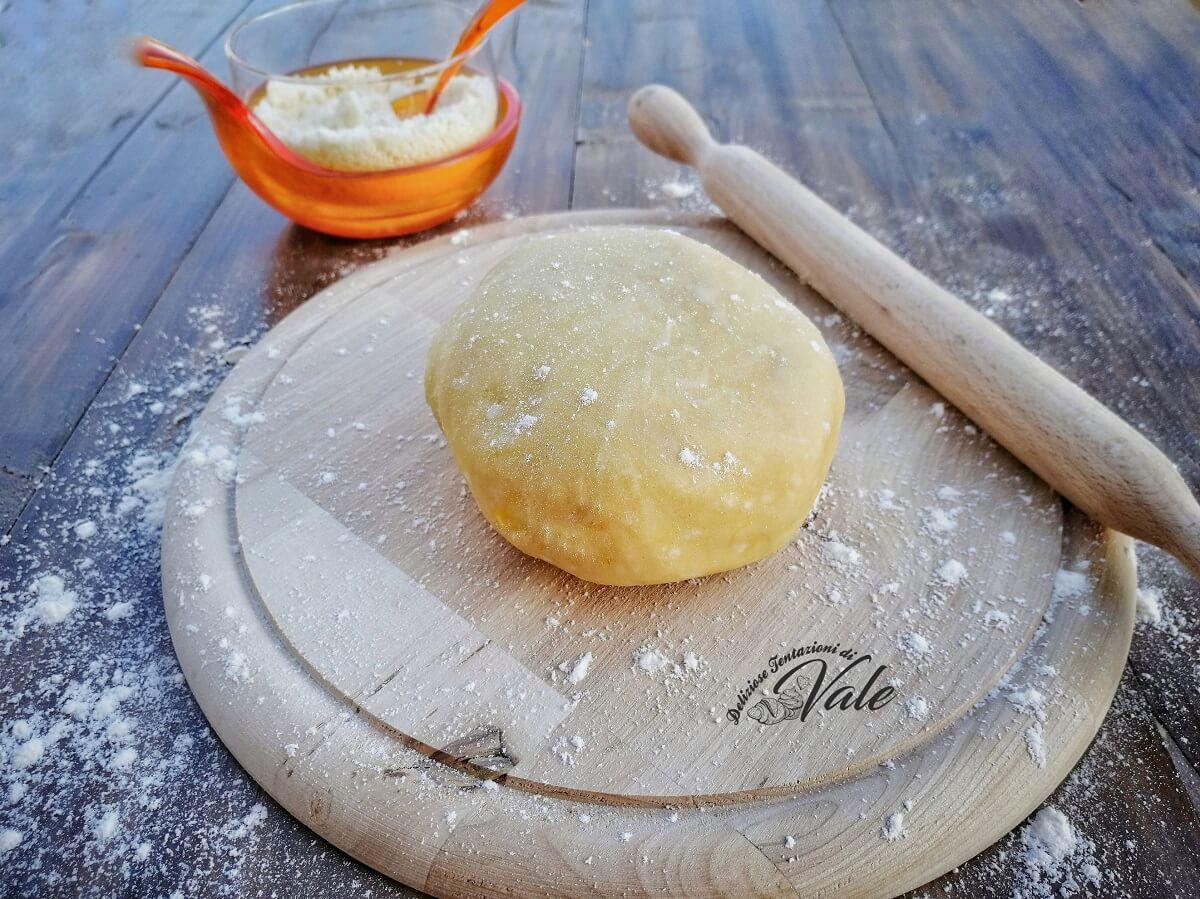 pasta frolla salata al parmigiano