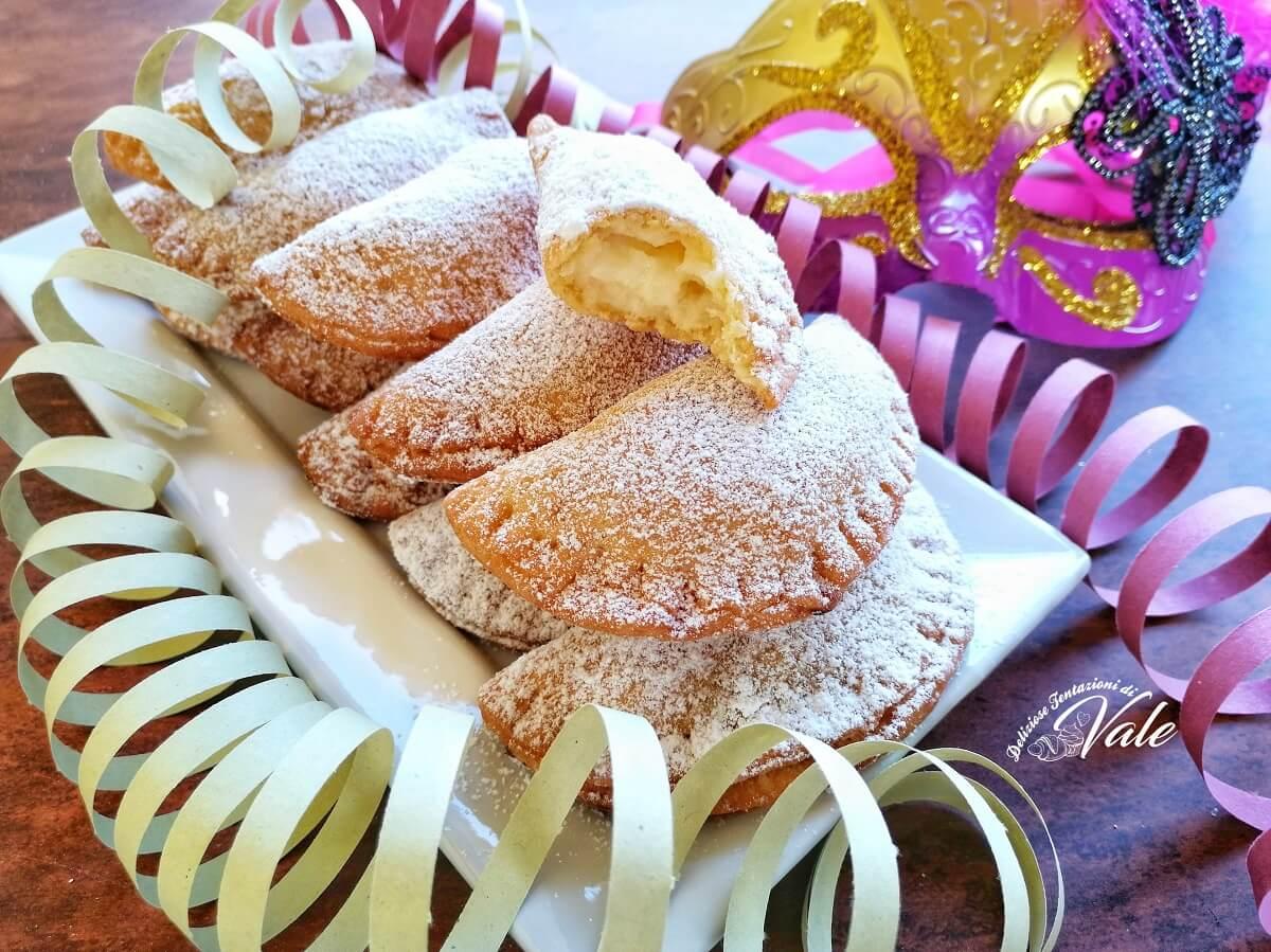 Ricetta Dolci Di Carnevale.Ravioli Dolci Di Carnevale Fritti E Al Forno