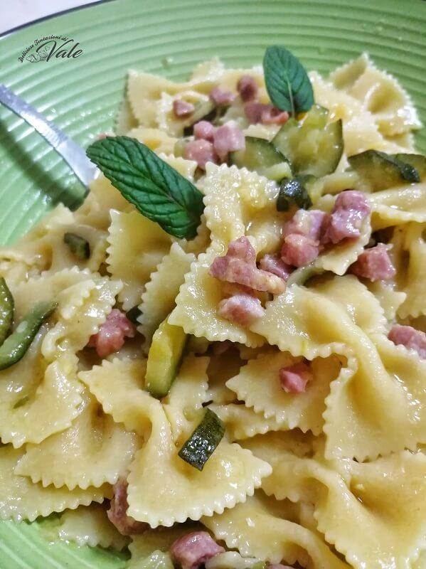 farfalle zucchine e pancetta (2)