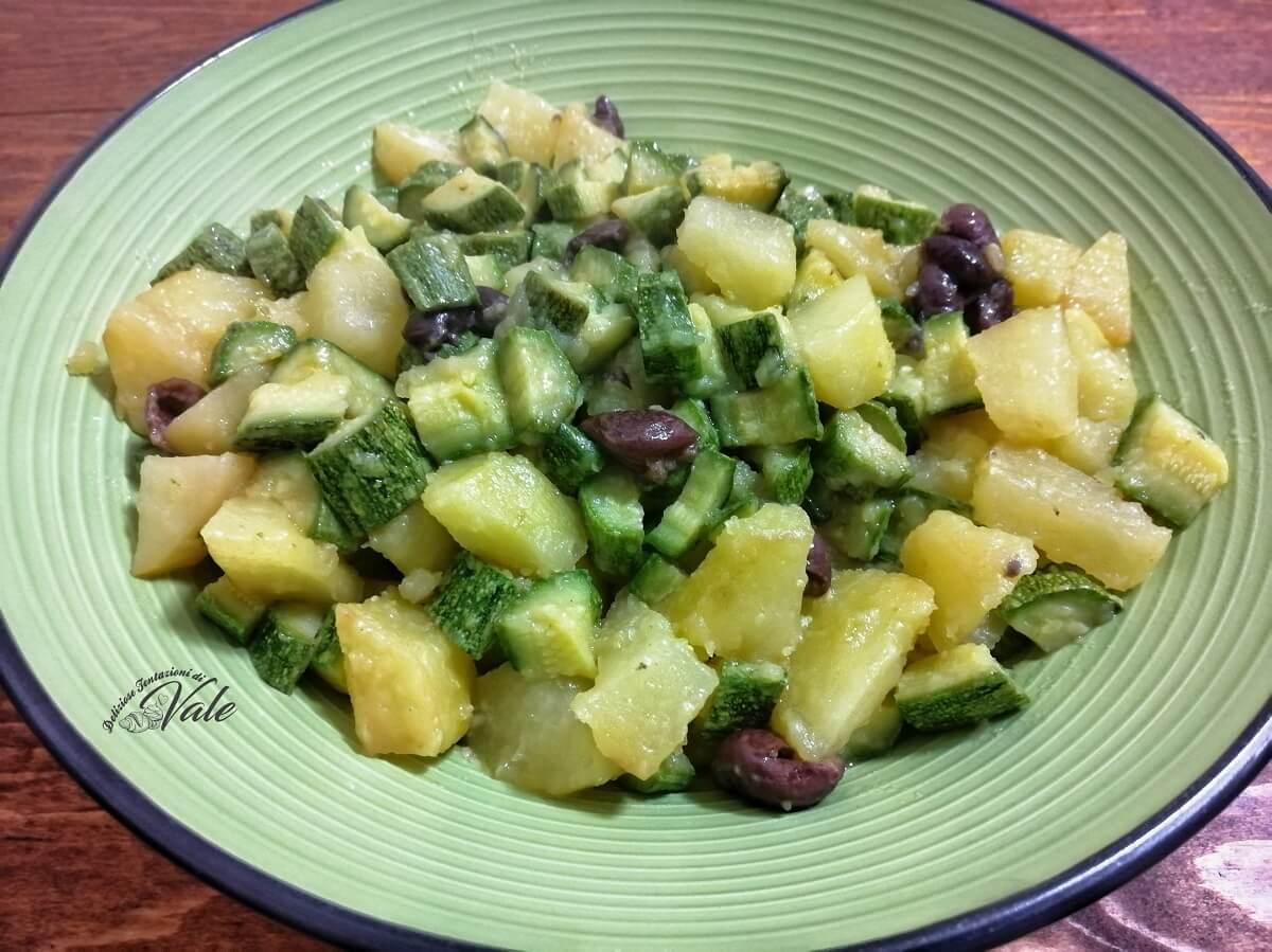 Ricetta Patate E Zucchine In Padella.Patate E Zucchine In Padella Contorno Veloce E Gustoso