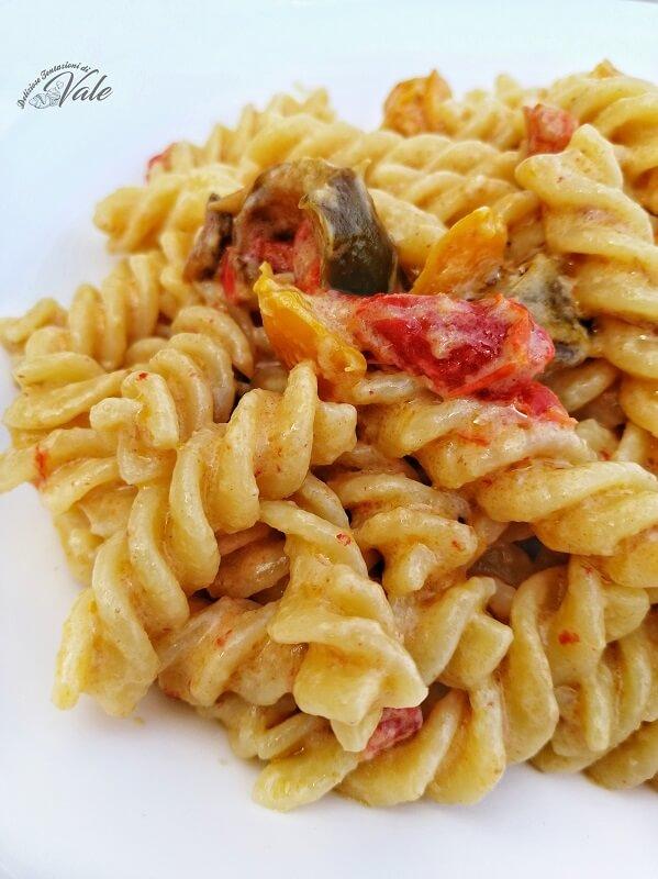 pasta con peperoni e panna (2)