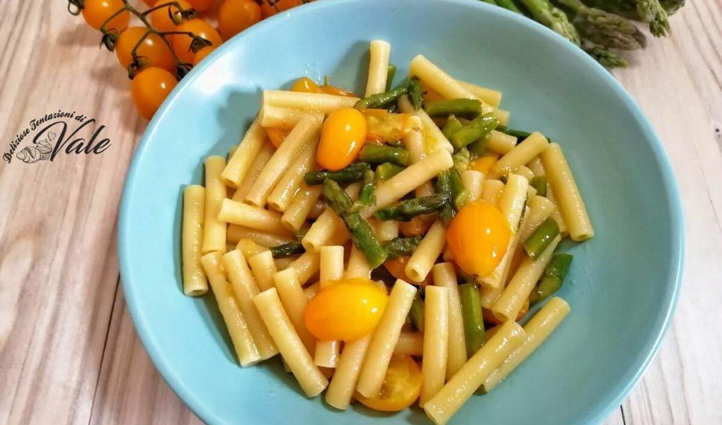 Pasta con Pomodorini Gialli e Asparagi