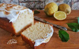 Plumcake Soffice al Limone con Meringa