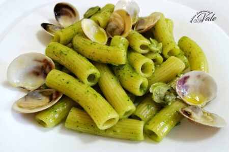 Tortiglioni alle Vongole e Crema di Prezzemolo (2)