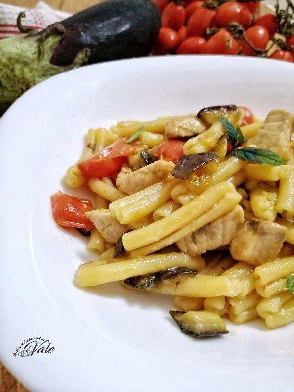 Pasta con Pesce Spada e Melanzane (2)