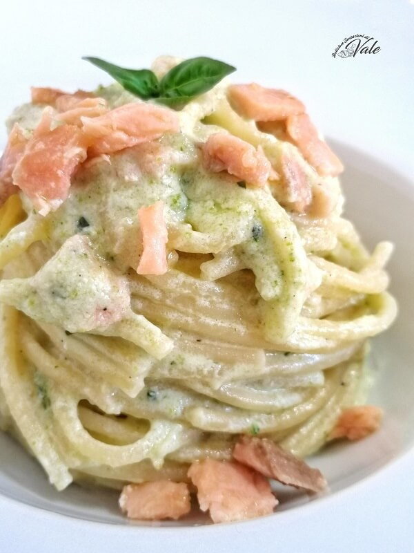 Spaghetti con Zucchine, Salmone e Ricotta (2)
