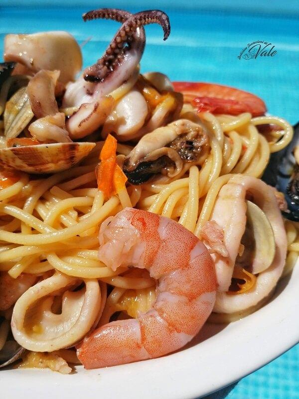 Spaghetti allo Scoglio (2)