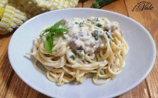 Spaghetti con Ricotta, Zucchine e Speck