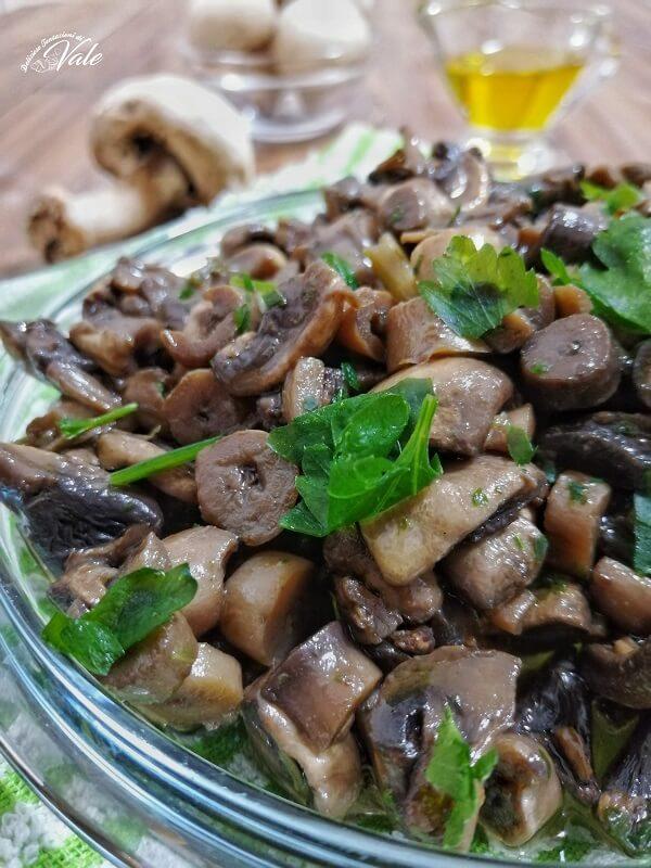 Funghi Trifolati in padella