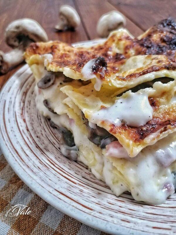 Lasagna Bianca con Funghi e Prosciutto cotto