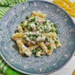 Pasta con Ricotta, Piselli e Pancetta
