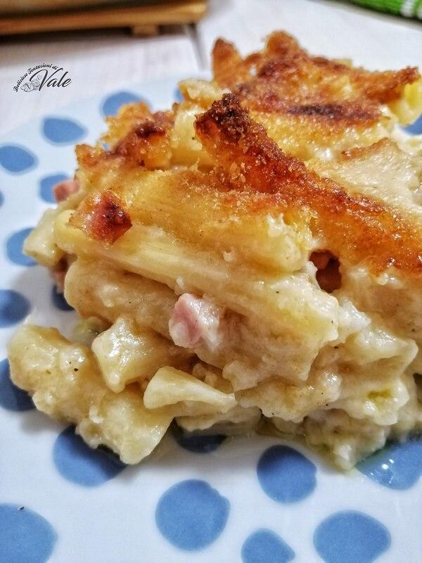 Pasta e Cavolfiore al Forno con prosciutto e mozzarella