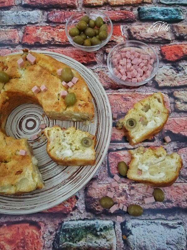Ciambella Svuota Frigo con mozzarella