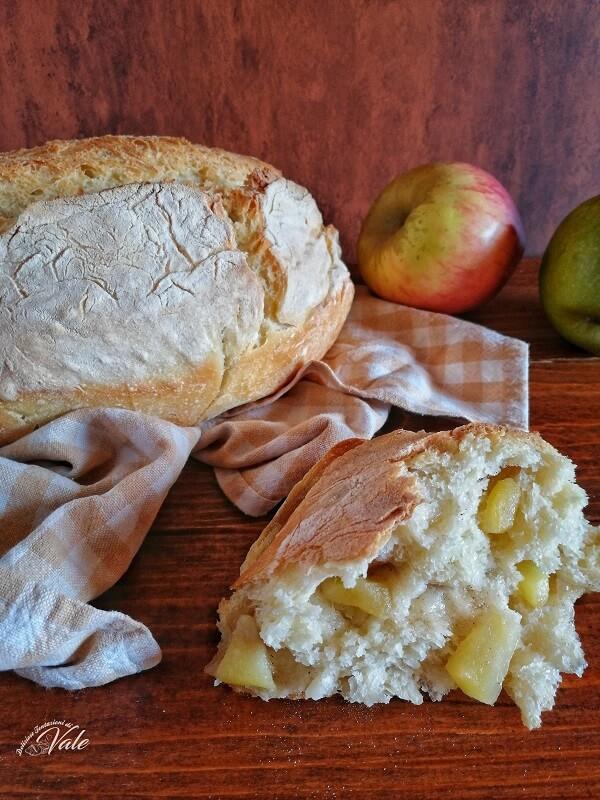 Pane alle Mele fatto in casa