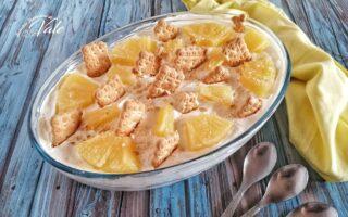 Delizia di Ananas e Biscotti