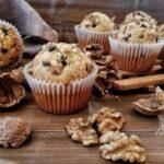 Muffin alle Noci con Gocce di Cioccolato