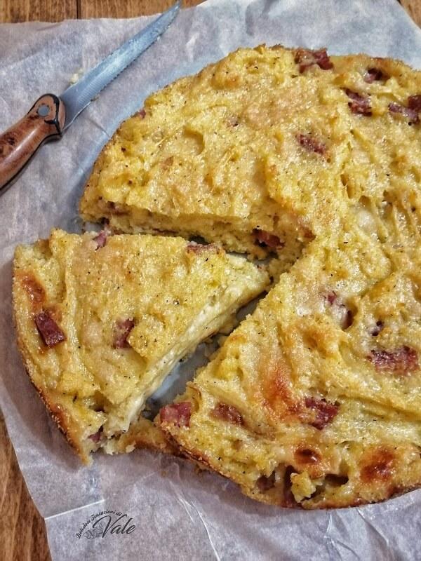 Pizza di Farinella o Migliaccio Salato ricetta