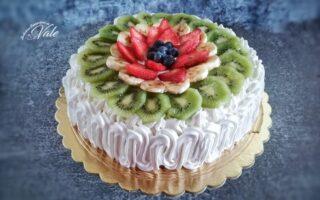 Torta di Compleanno con Frutta e Crema