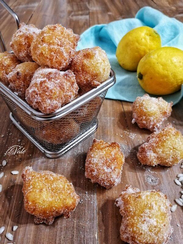 Frittelle di Riso di San Giuseppe al limone