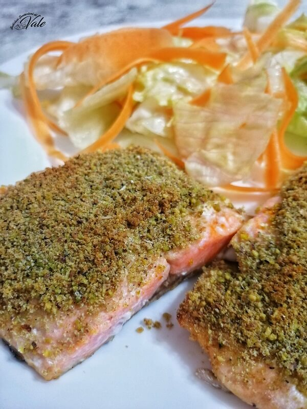 Salmone Gratinato al Pistacchio, piatto light