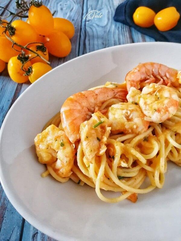 Spaghetti ai Gamberi con Pomodorini Gialli