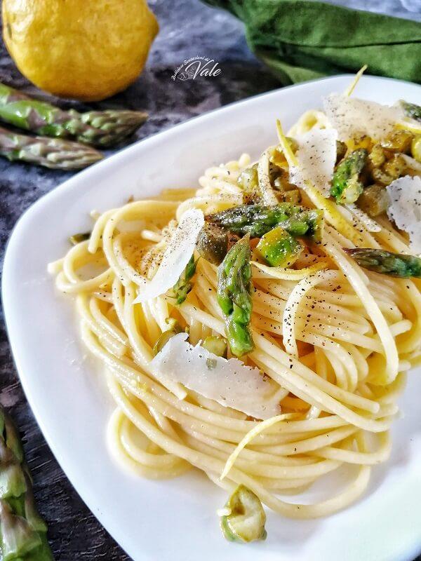 Spaghetti con Asparagi al Limone