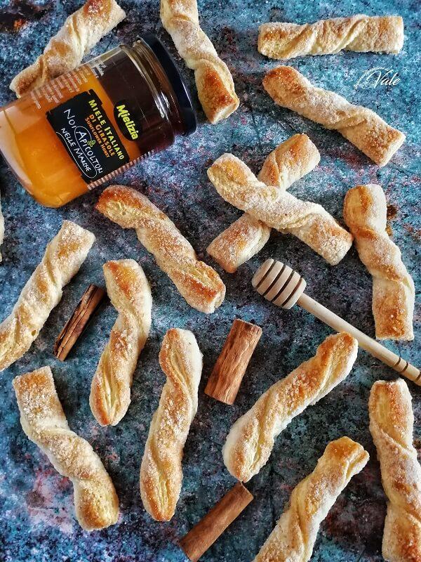 Torcetti dolci Miele e Cannella