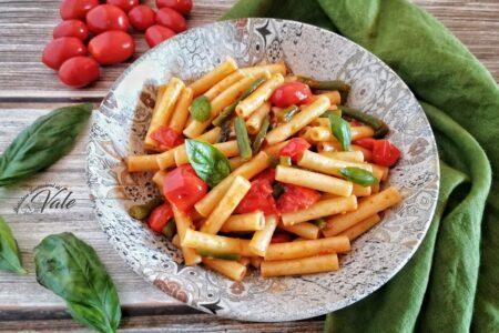 Pasta con Fagiolini al Pomodoro fresco