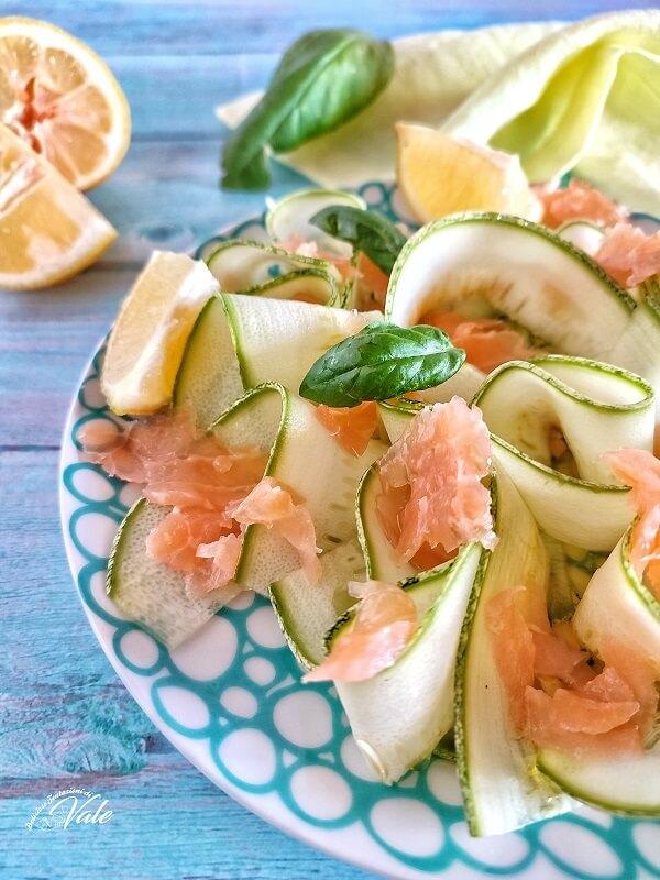 Insalata di Zucchine e Salmone
