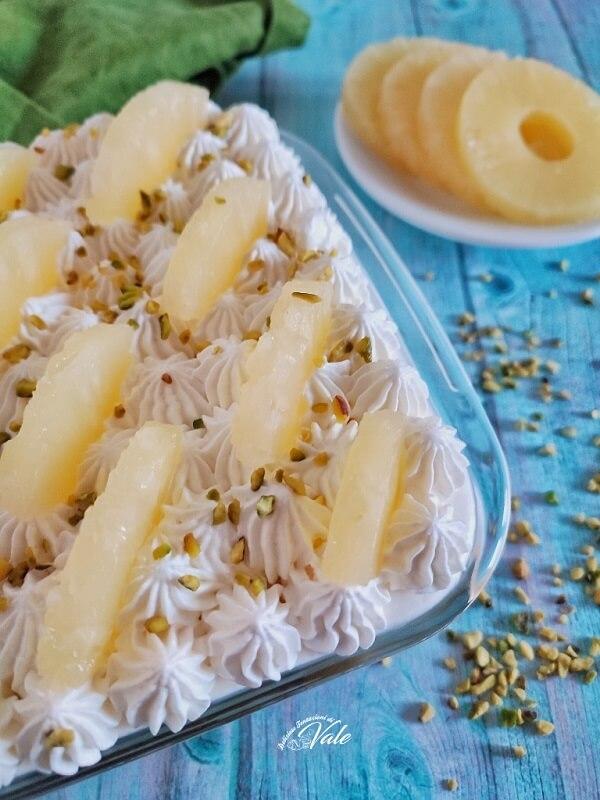 Tiramisù all'Ananas con crema senza uova