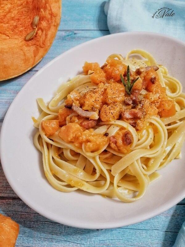 Fettuccine con Zucca e Pancetta