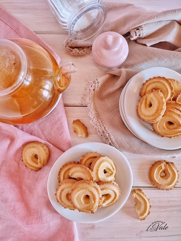 Biscotti di Frolla Montata ricetta Montersino