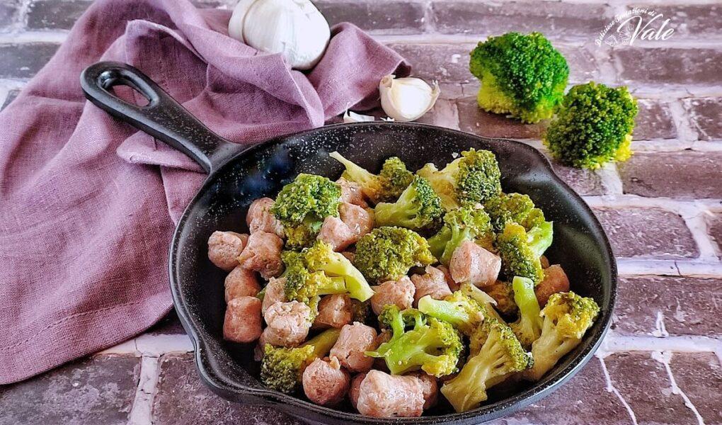Broccoli e Salsicce in padella