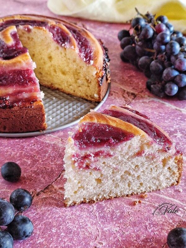 Torta Vortice con crema all'Uva Fragola